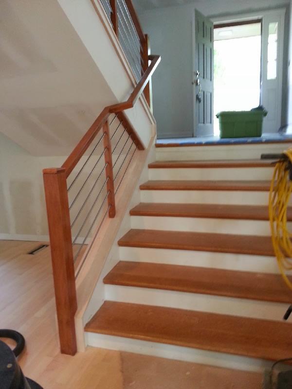 Wood And Horizontal Tubing Railing